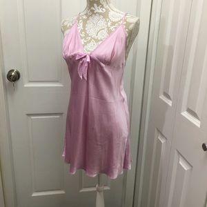 Victoria's Secret Women's silk sleeping dress. M